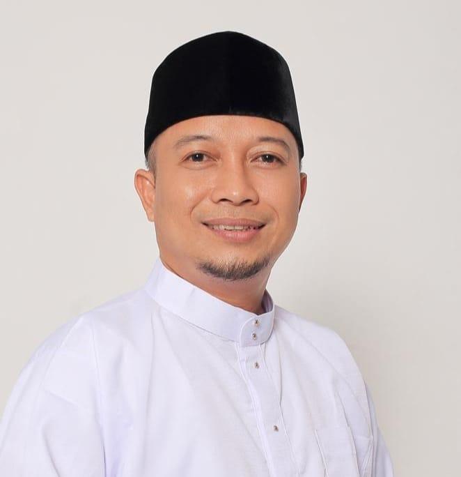 Minta Pemkab Lingga Tinjau Ulang Rumahkan PTT Dan THL, Salmizi : Mereka Bukan Cari Kaya, SamuderaKepri