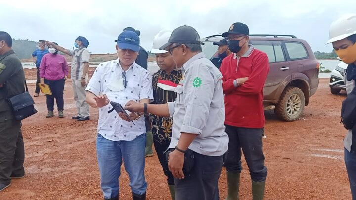 Kesal Penambangan Tidak Sesuai Aturan, Anggota Komisi Vll DPR-RI Akan Cabut Izin Tambang Tiga Perusahaan di Tanjung Irat, SamuderaKepri